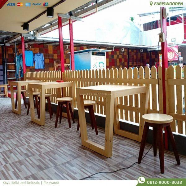 Meja Cafe Jati Belanda