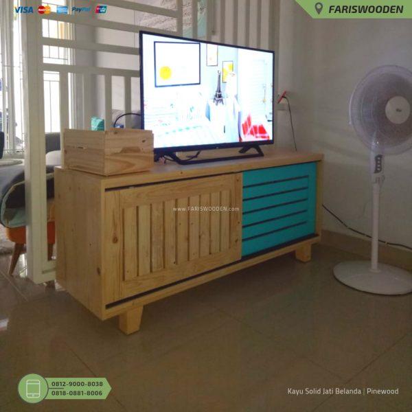 Meja TV Jati Belanda